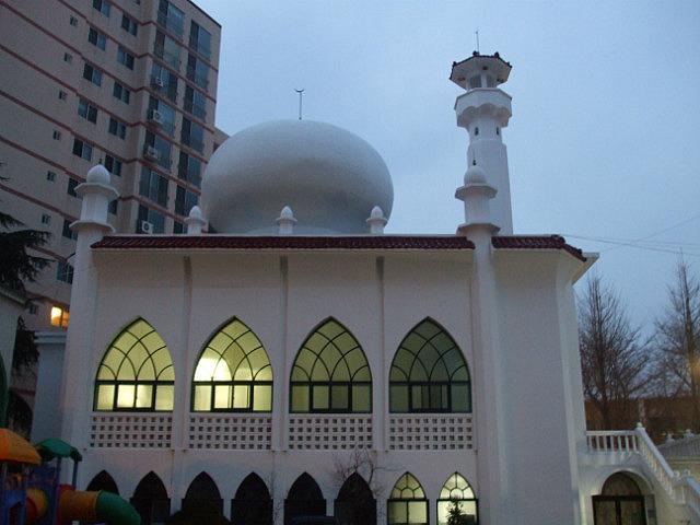1_1335353258_busan-mosque