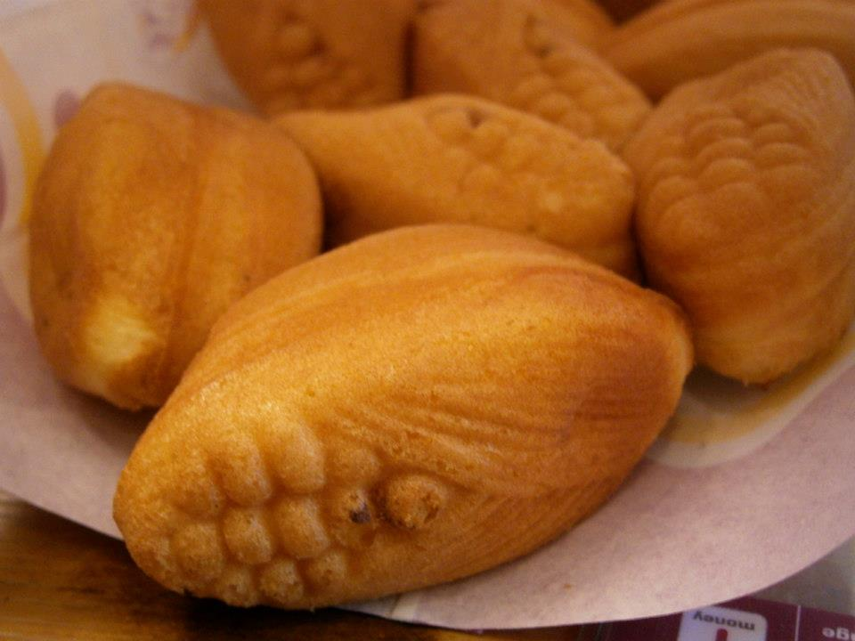 day-3-corn-shaped-with-custard-filling-delimanjoo