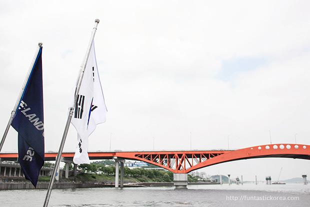 Han River Cruise_Bridges of Han River_Seogang Bridge02