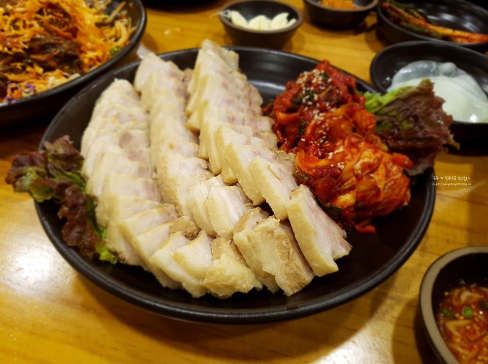 Korea Food Guide – Top 10 local Restaurants in Dongdaemun