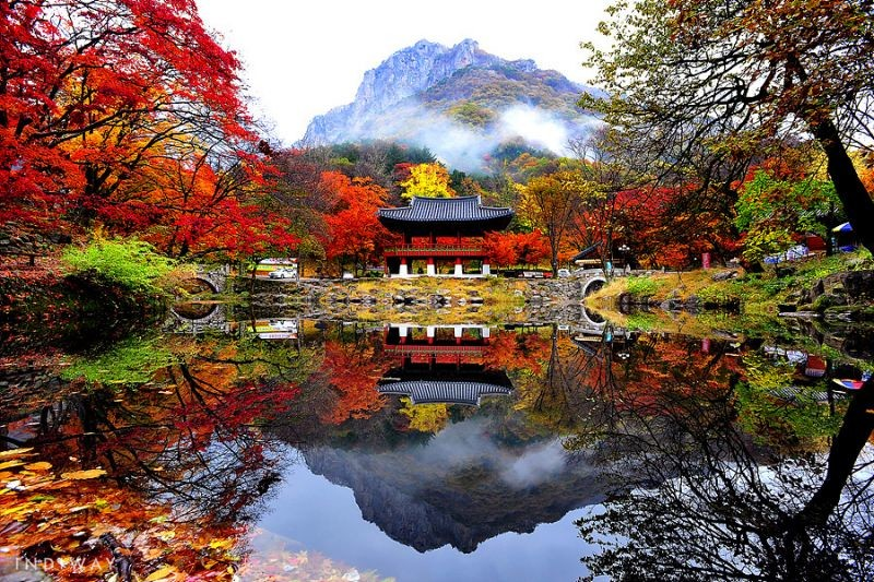 Naejangsa(Naejang Temple) with the spectacular view of the temple surrounded on all sides by towering peaks in Naejangsan