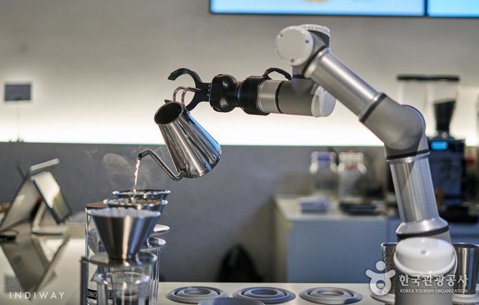 AI Robot Baristas Cafe in Seoul